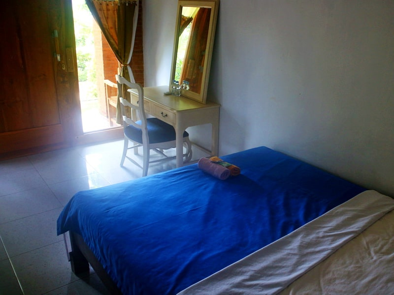 Bed Sunrise executive room Sea Hill View Village Karimunjawa
